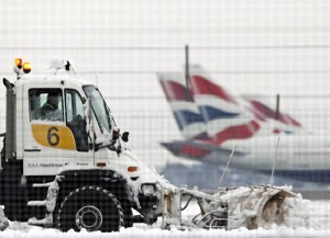 Limpieza de nieve en aeropuerto